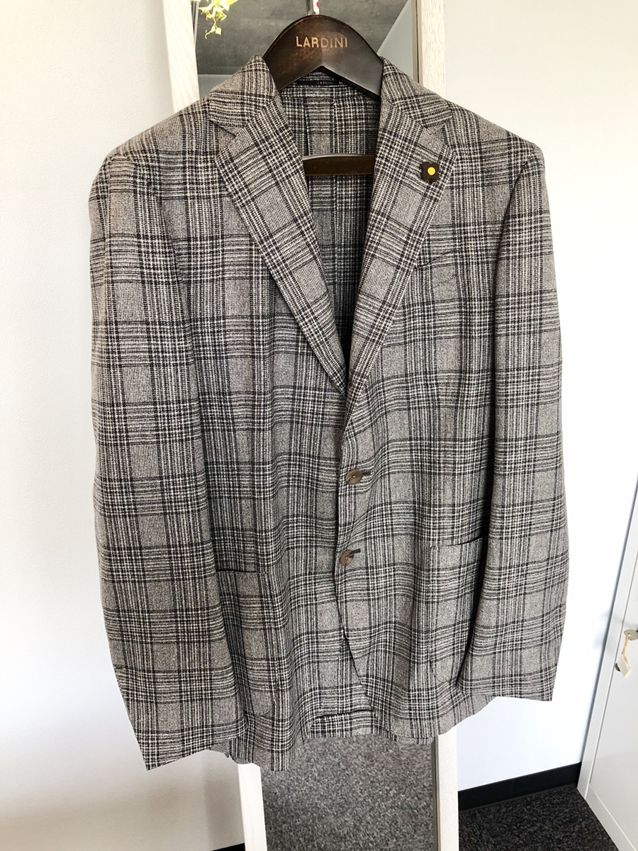 オシャレ上級者は知ってるLARDINI(ラルディーニ)のジャケット
